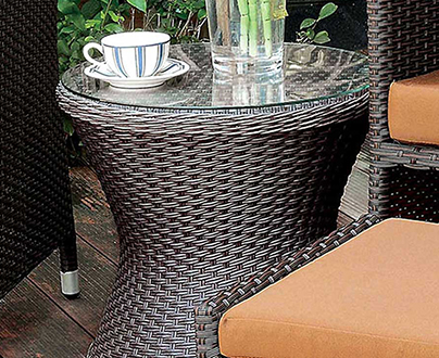 Click here for Outdoor Dining Tables